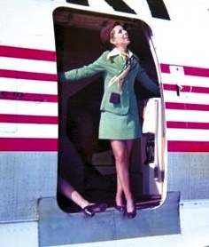 Photo of Turkish Airlines' uniforms in 1973